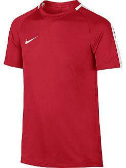 Красная футболка Nike
