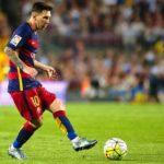 Messi pass