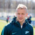 Футболист Игорь Смольников